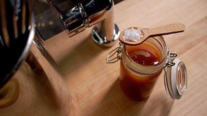 Cuisinez comme Louis - Caramel de sirop d'érable et fleur de sel