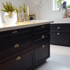 r sultat de recherche d 39 images pour quel sol choisir avec une cuisine ikea laxarby maison. Black Bedroom Furniture Sets. Home Design Ideas