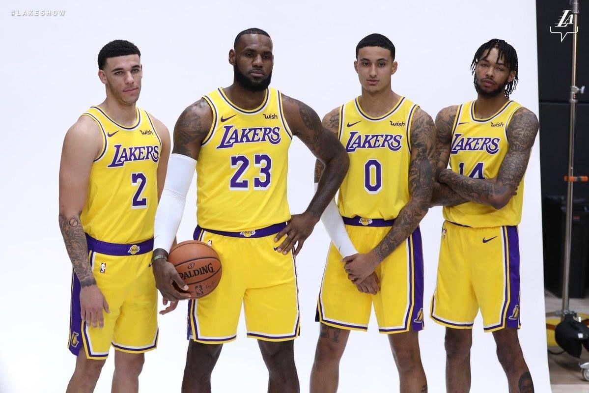 2018-2019 LA Lakers. Still weird seeing Lebron in a Laker uniform ... f841d6c8b