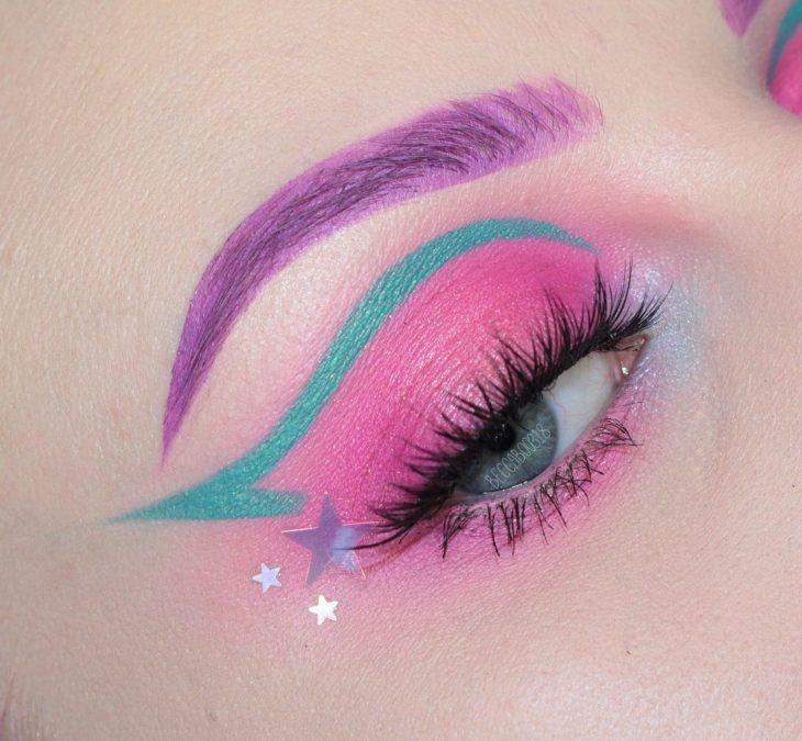 15 Maquillajes inspirados en el espacio para ser la estrella de la fiesta  – Maquillaje