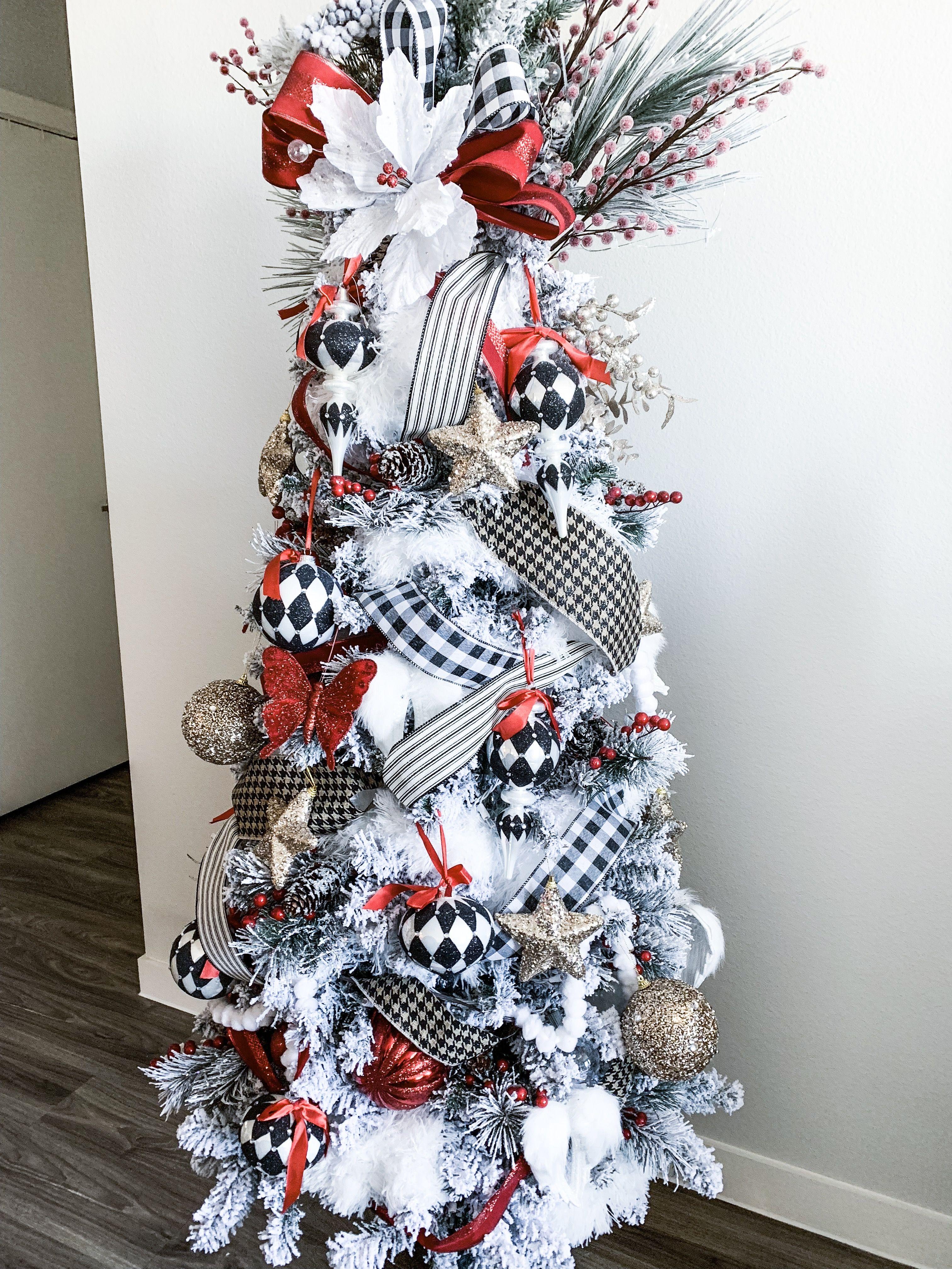 Black And White Christmas Tree Flocked Christmas Tree Red And Champagne Accents White Christmas Tree Decorations Red Christmas Decor White Christmas Trees