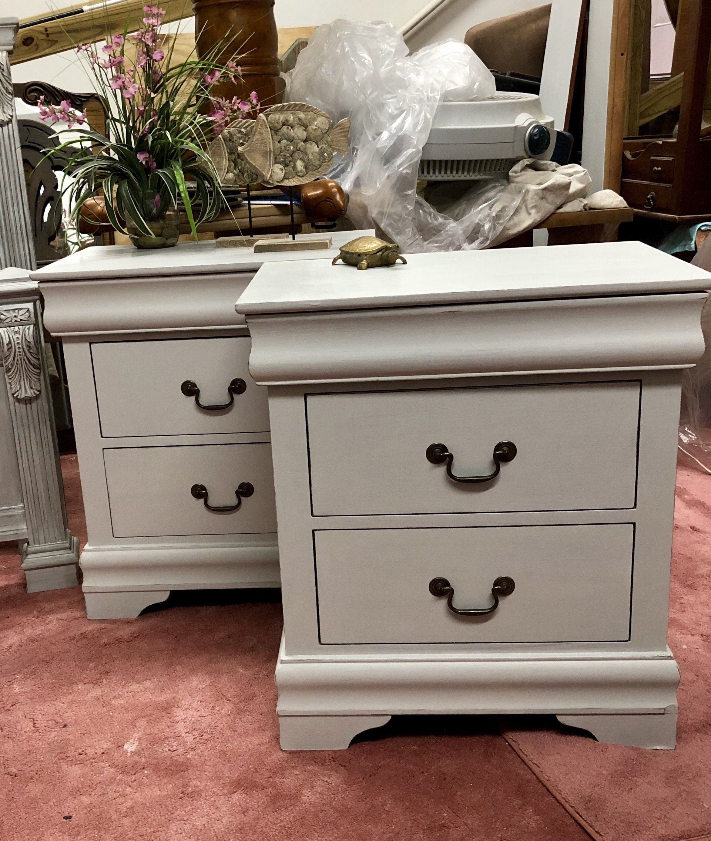 3 Drawer Gray Nightstands Lightly Distressed These Are Newer