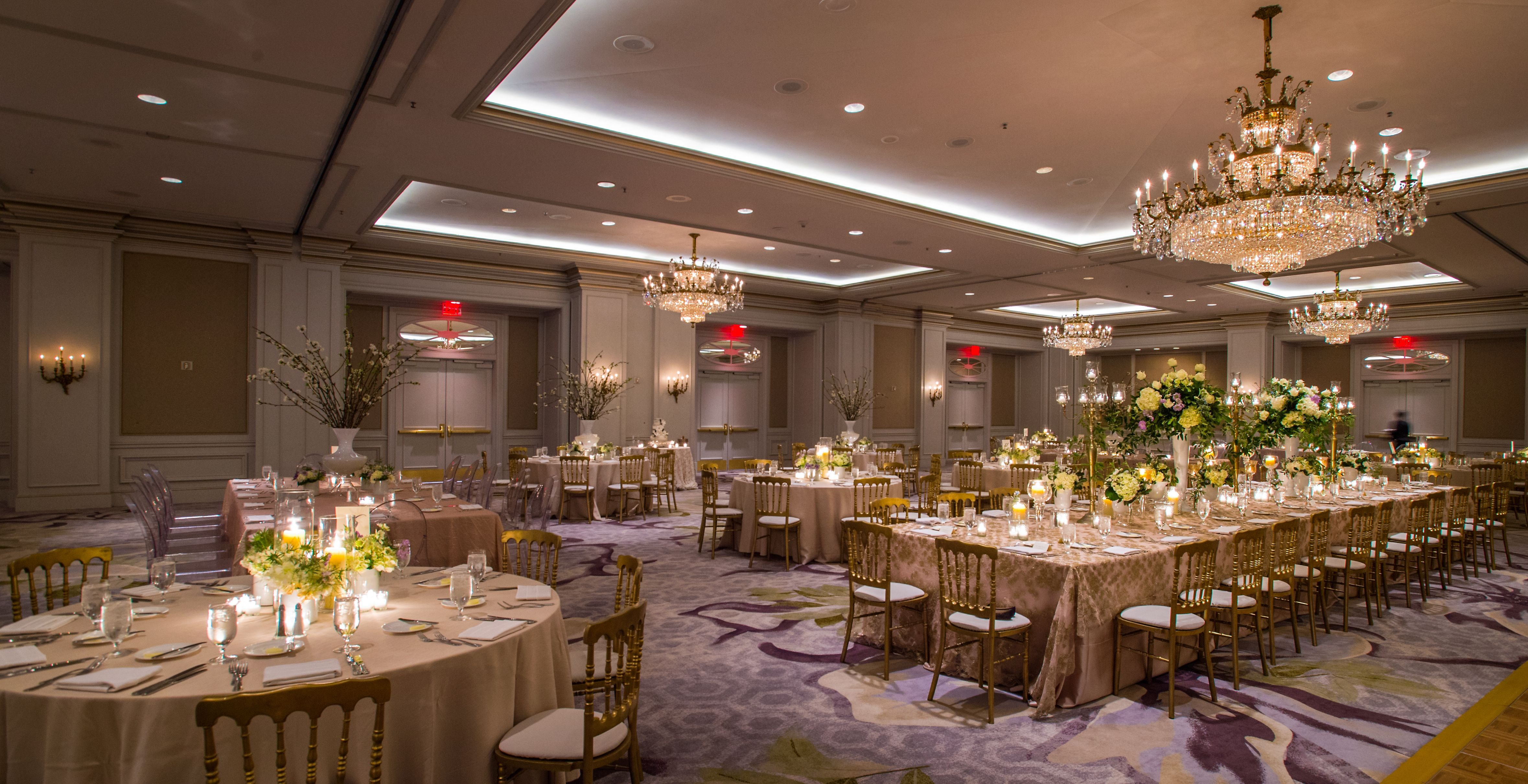 Add Dimension To A Hotel Ballroom By Alternating Your Table Shapes