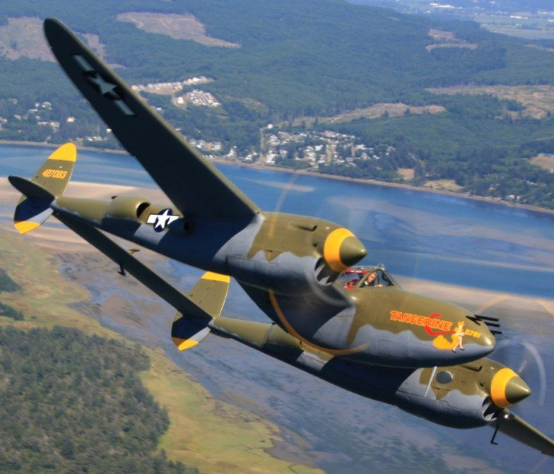 Warbird Information Exchange • View topic - P-38 at Planes