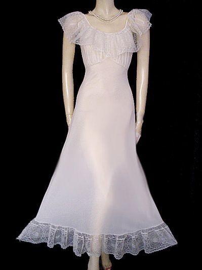 Intimates & Sleep Vintage Barbizon Black Nylon Lacy Pleats Full Dress Slip Endear Tafredda Sz 16