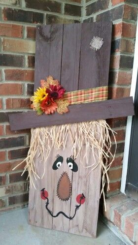 Pallet scarecrow | Fall crafts, Fall diy, Fall pallets