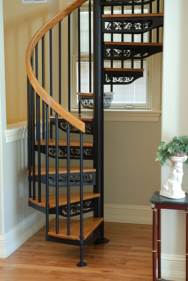 Ivy Tread Type Stands Out On This 4 6 Diameter Continuous Sleeve Circular Stair