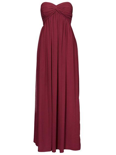 Nelly.com: Dreamy Dress - NLY Trend - kvinne - Burgundy. Nyheter hver dag. Over 800 varemerker. Uendelig variasjon.