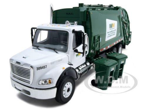 Freightliner Mr Waste Management Garbage Truck 1 34 By First Gear