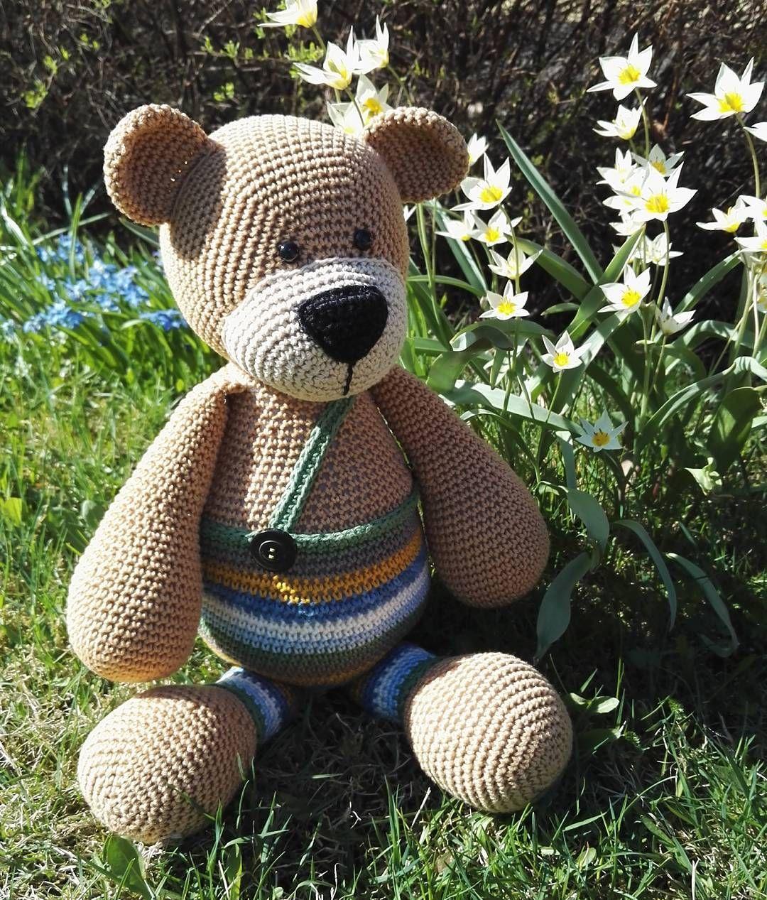 Good morning! It's a new week again. Sun is shining and the nature has awakened. #amigurumi #amigurumiteddy #teddybear #stipenhaak #crocheting #haken #virka #virkattu #virkattunalle #maanantaiaamu #ihanaaurinko #alkukesää #luontoherää by amigurumipaja