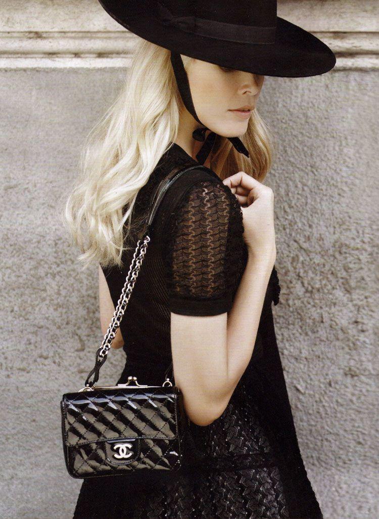 0d489f7c348c Chanel Spring Summer 2010 Designer Handbags On Sale