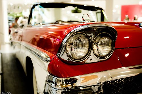 Ford Fairlane. Bin grad ein wenig stolz: mein Bild ist auf Platz 21 (von 500) auf flickr explore... :-)