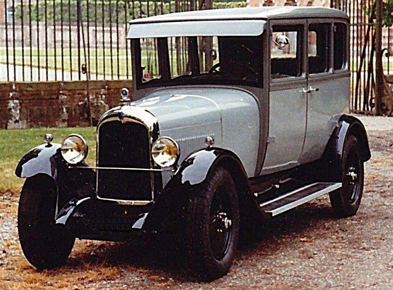 citro n b14 g 1928 une ancienne voiture citro n type b14 g conduite int rieure 6 glaces de 1928. Black Bedroom Furniture Sets. Home Design Ideas