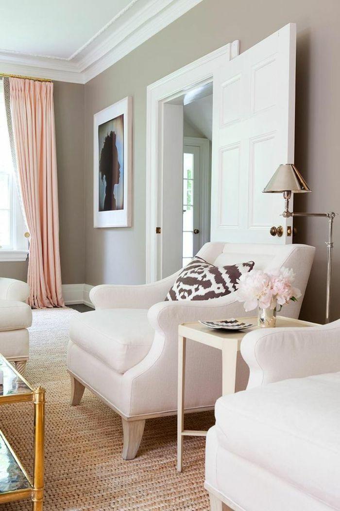 Fantastisch Farbige Wände Beige Wandfarbe Wohnzimmer Sisalteppich