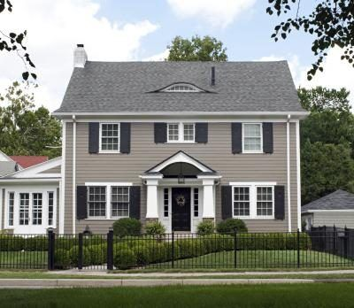 One Way To Tie In Your Exterior Walls With A Grey Roof Is Paint Them Diffe Shade Of
