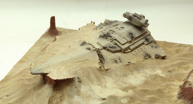 Battle of Jakku a photo feature by Kostas Katseas of a Revell kit
