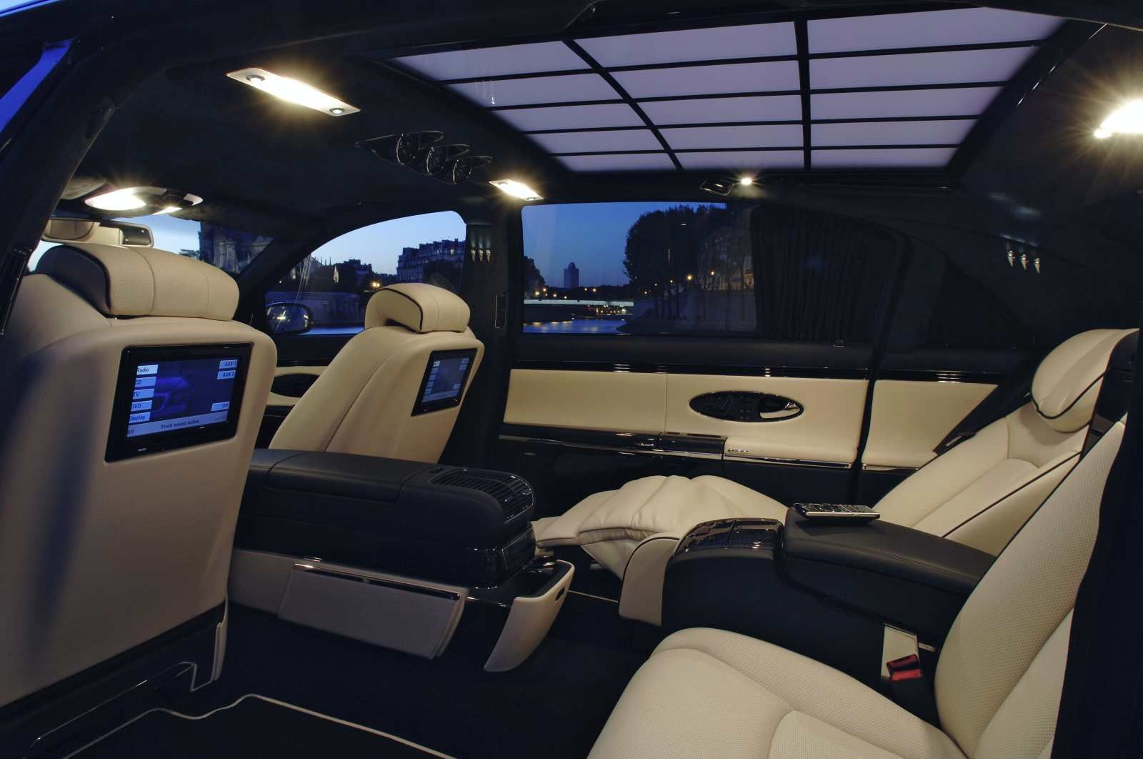 Stylish Car And Interior Maybach 62s For Luxury Car Luxury