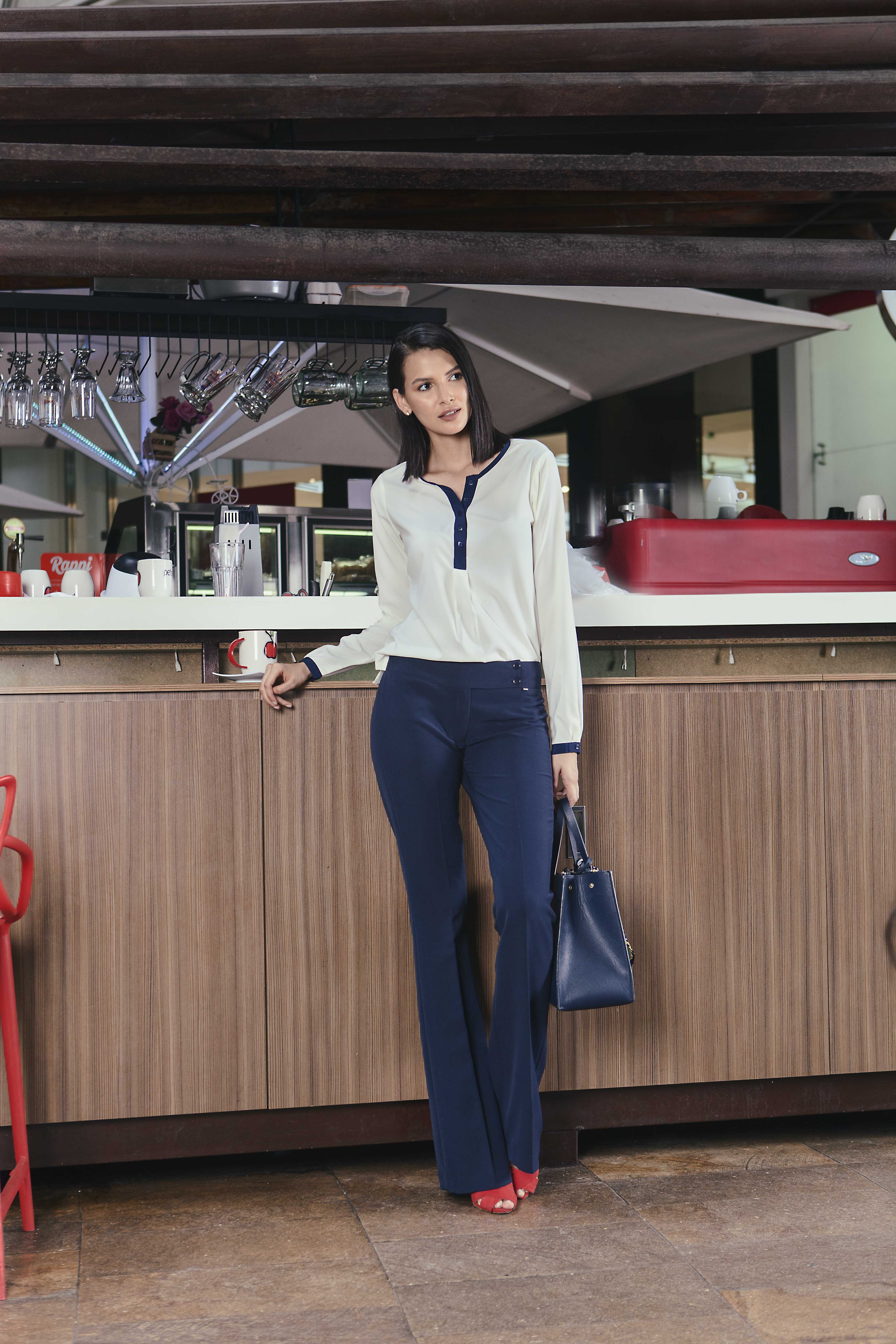 6478312d9  estilo  moda  ejecutiva  modaejecutiva  oficina  formal  mujer  colombia   panama