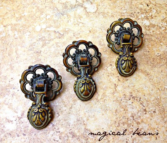 Antiqued Brass Teardrop Drawer Pulls Victorian By Magicalbeanshome Antique Pendant Vintage Hardware Brass Decor
