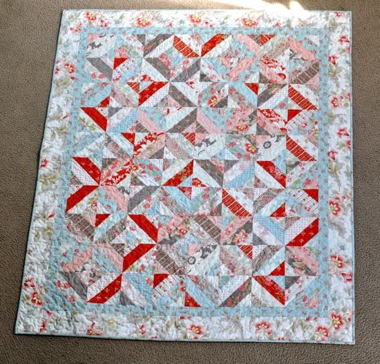 Garden Trellis Quilt Done I finished up the Garden Trellis quilt