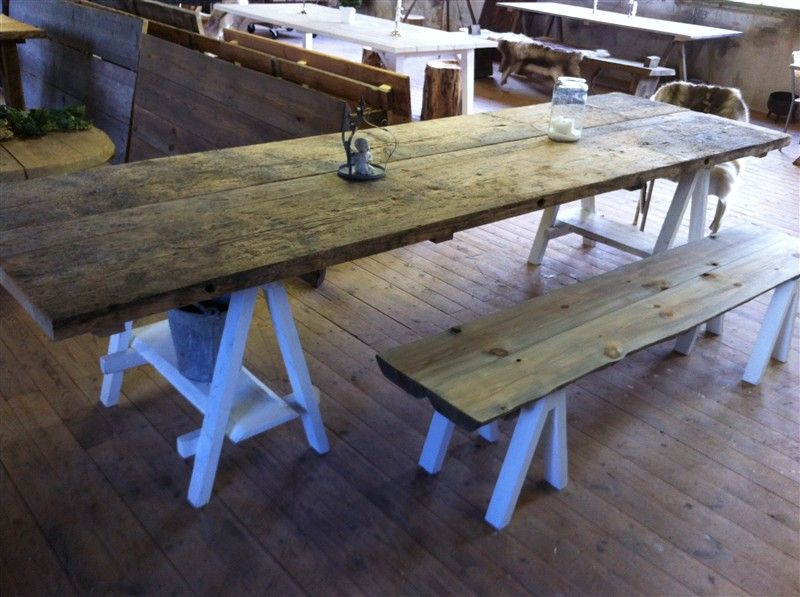 Butik inredning& möbler Lövsjö Loghouse Rustik& grov träinredning, rustika möbler av Erik