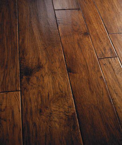 Variable Width Hardwood Flooring Classic Design Showroom