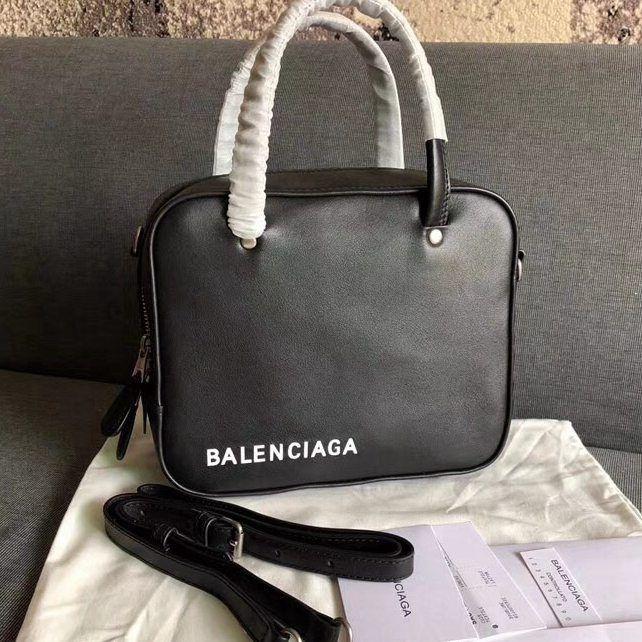 Balenciaga Triangle Square Shoulder Bag 100% Authentic  547701972cef8