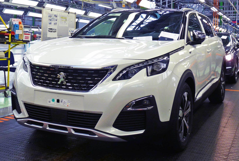 بيجو 5008 الجديدة كليا النقلة النوعية موقع ويلز Peugeot Car Suv Car
