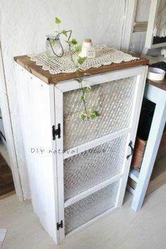 ひと手間でこんなにオシャレに ワンランク上の カラーボックス リメイク術 インテリア 収納 家具作り カラーボックス