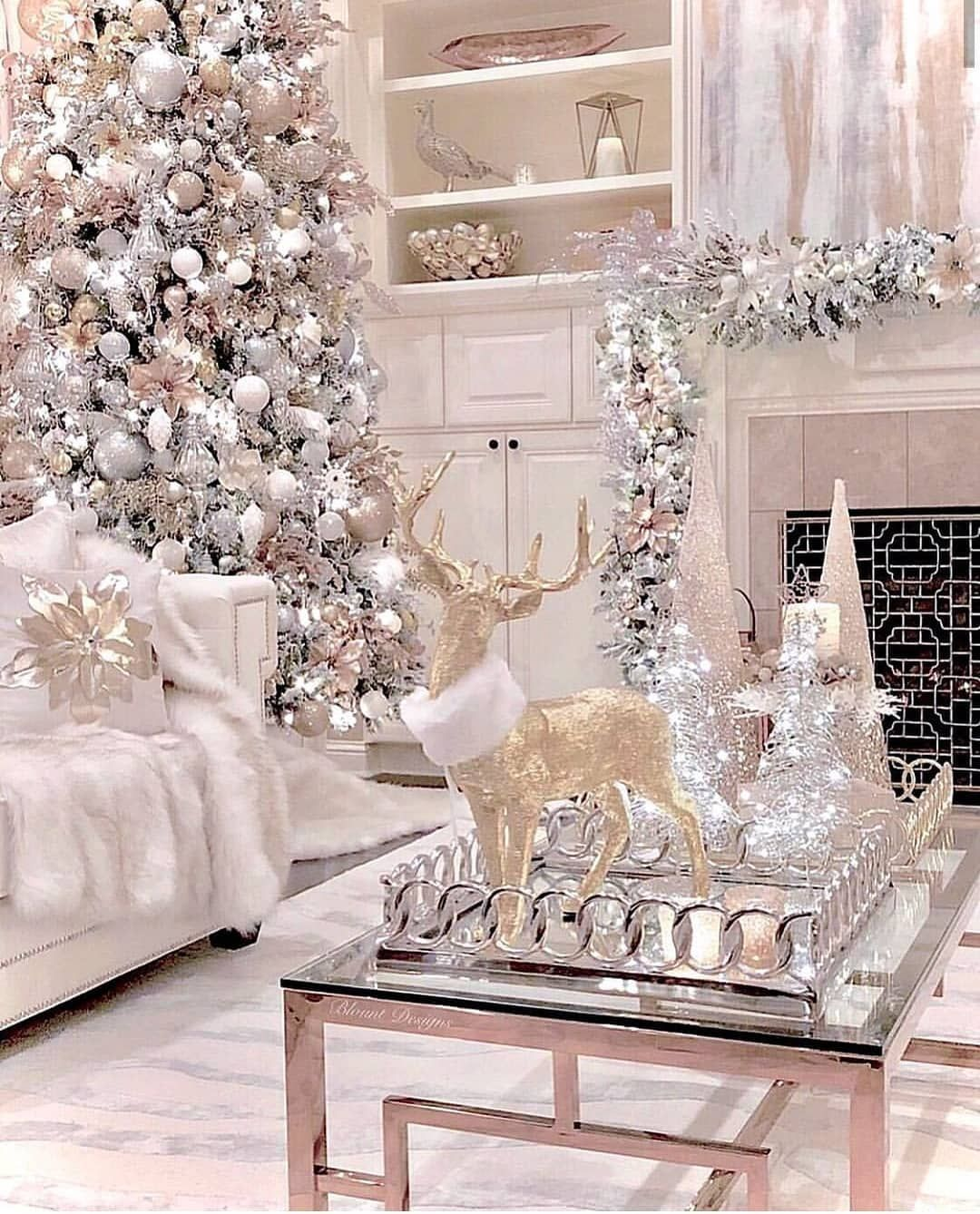 Cozy Winter Homedecor: Holly Jolly Christmas On Instagram: It's Beginning To