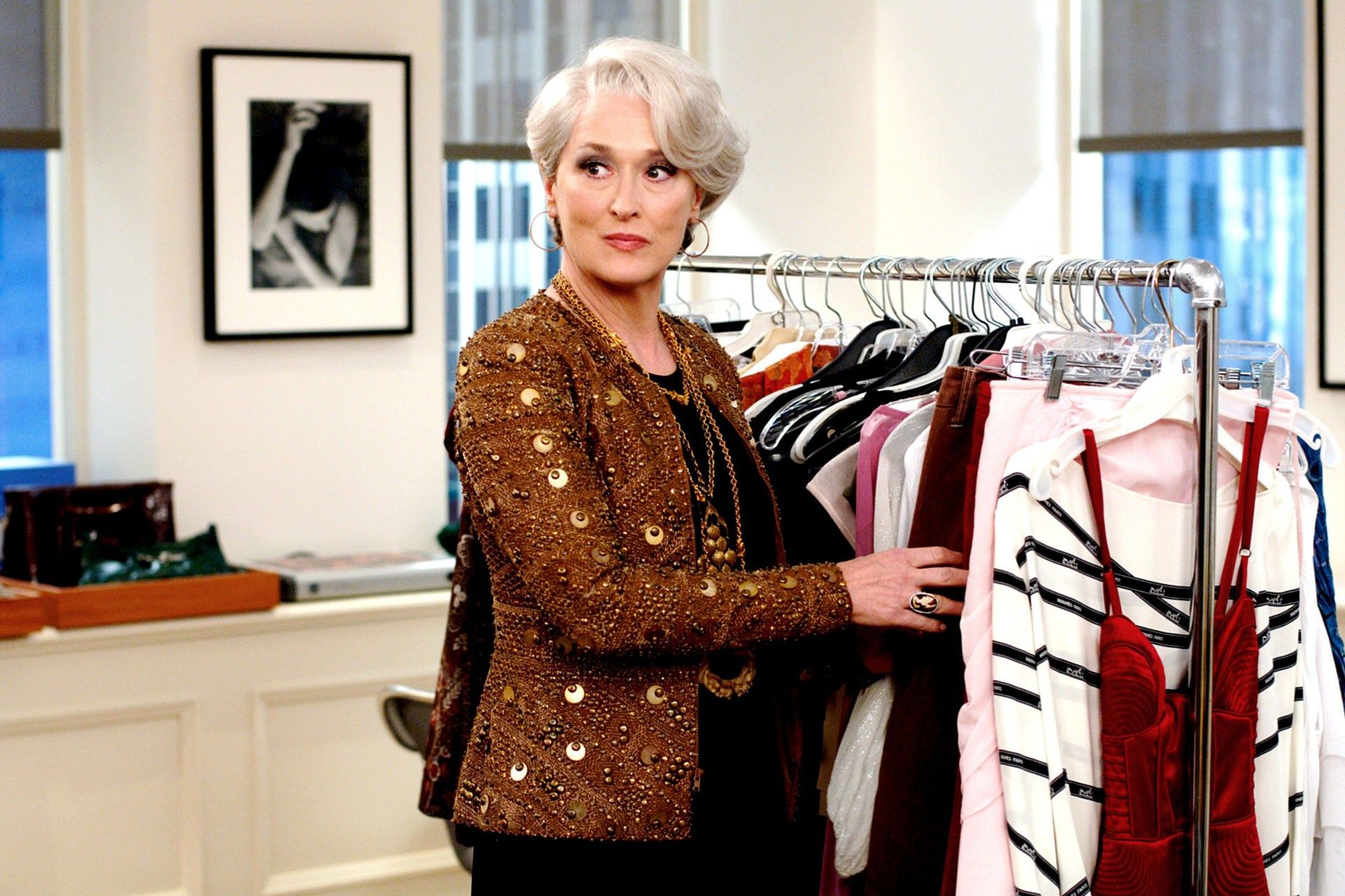 The devil wears Prada: 7 things in the wardrobe of a business woman