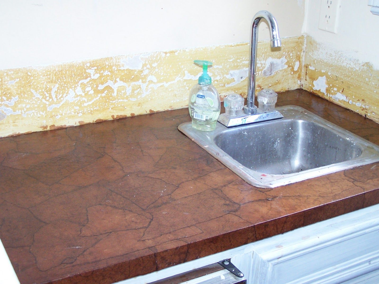 Exceptional Paper Bag Flooring | And This Small Sink Area Brown Paper Bag Counter Top  Looks Amazing Great Ideas