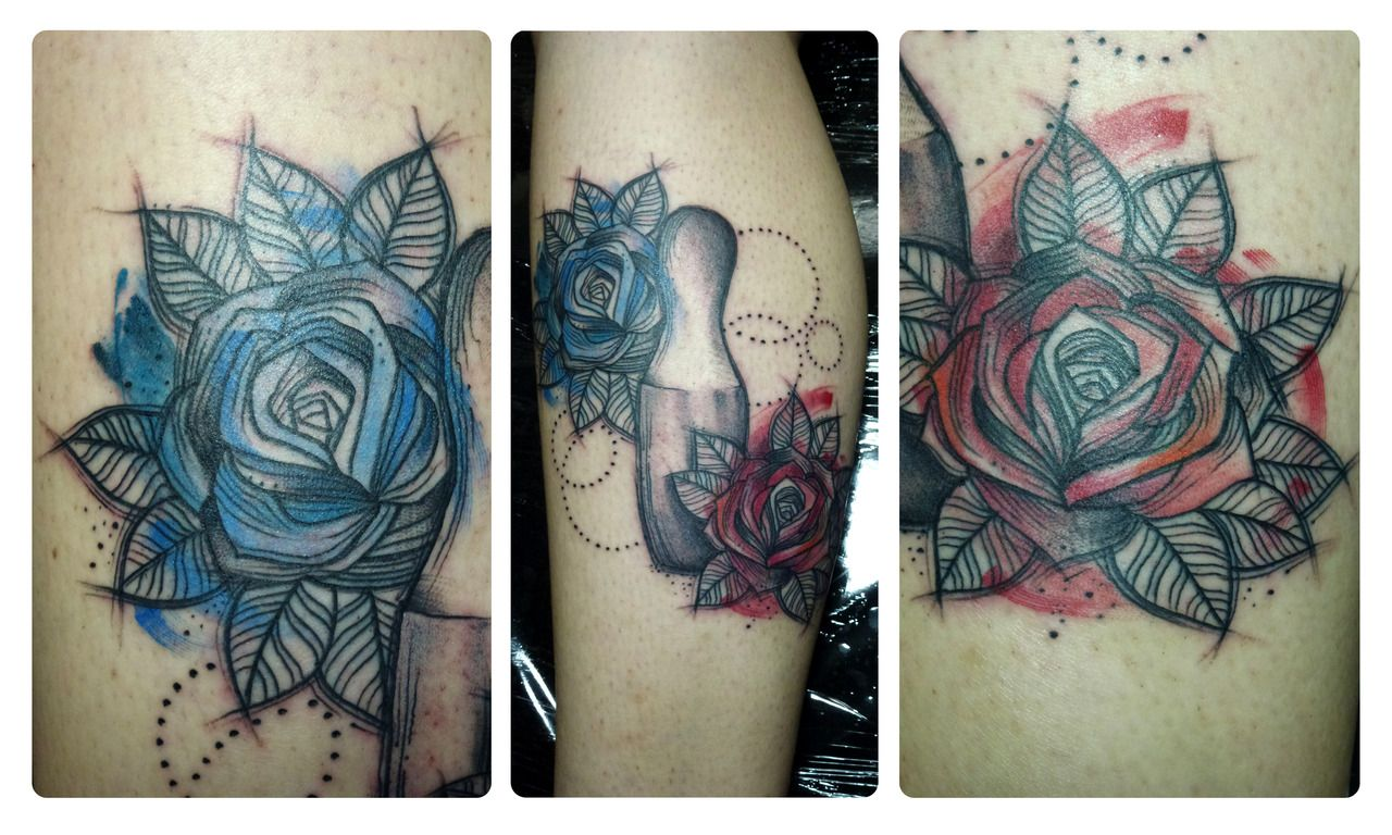 Sketched red and blue rose tattoo done by maxwell alves el cuervo