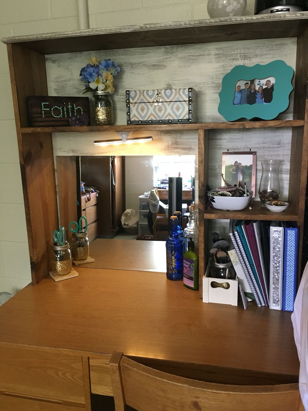 diy college desk hutch desk topper dorm room. Black Bedroom Furniture Sets. Home Design Ideas