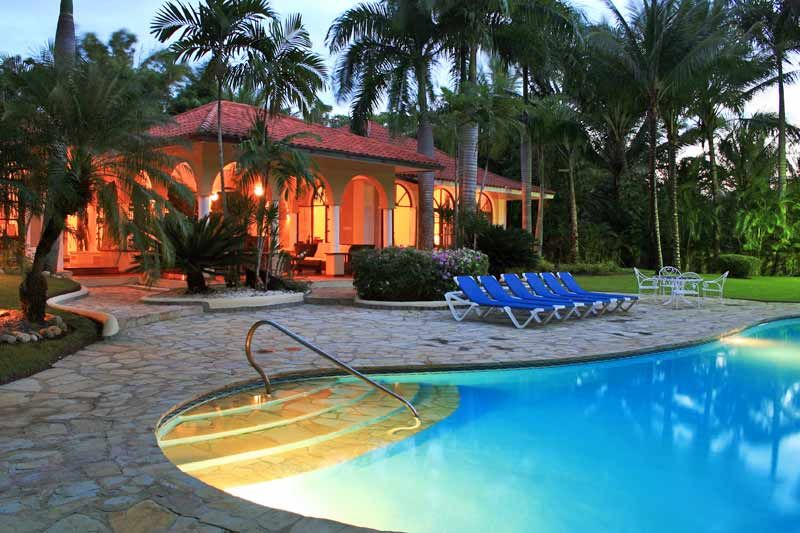 How amazing would this be to stay in! Cabarete, Dominican