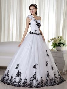 1896b88e4cf White and Black Dress for Sweet 16 with One Floral Shoulder