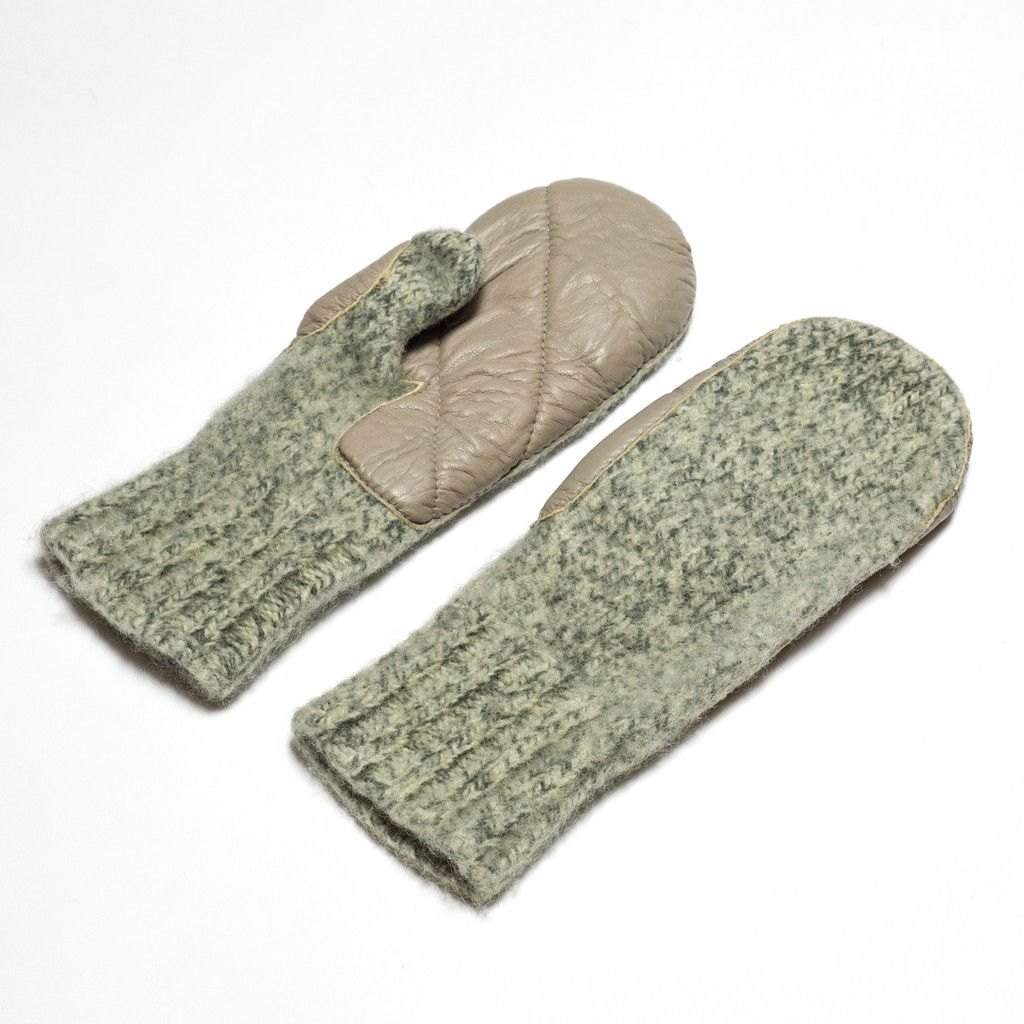 d36fb8808f5 Dachstein Wool Mitts with Leather Palms - Sweater Chalet