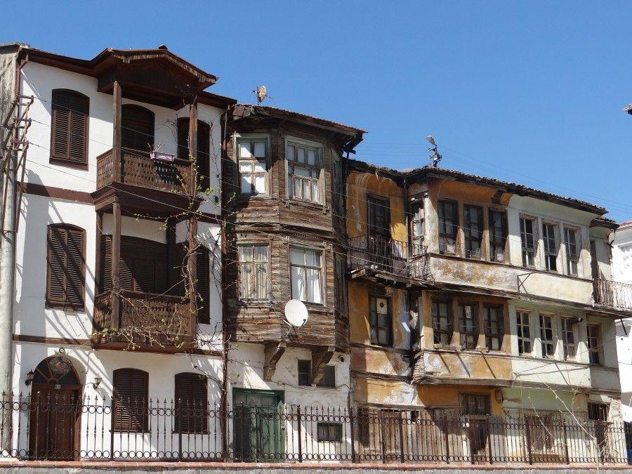 3203797-eski-rum-evleri.jpg (900×675)