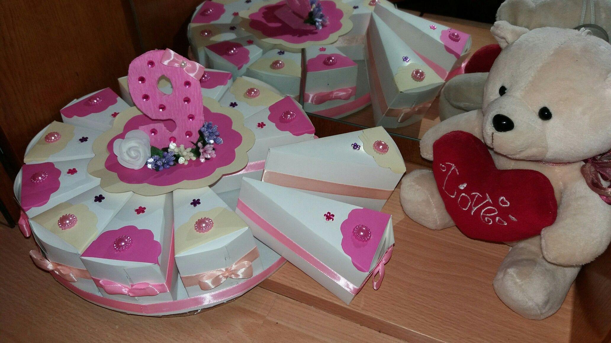 65c6660d4d7 Торт из картона девочке на 9 лет. Розово-бежевый картонный торт. Торт с