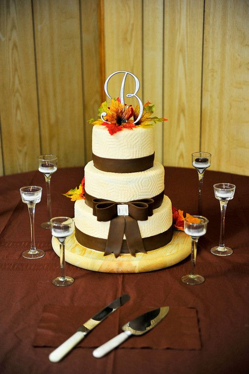 My cousins wedding cake | KristieKake\'s Wedding Kakes | Pinterest ...