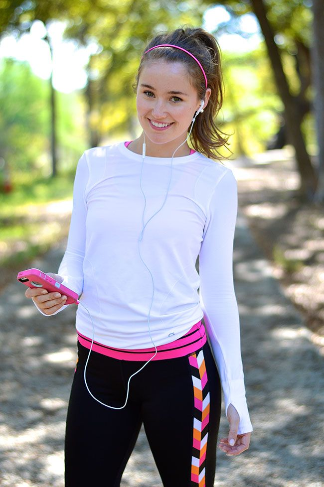 pink chevron yoga capris  cute workout outfits clothes