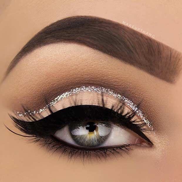 Silver glitter eye makeup #eyeshadow #eyemakeup