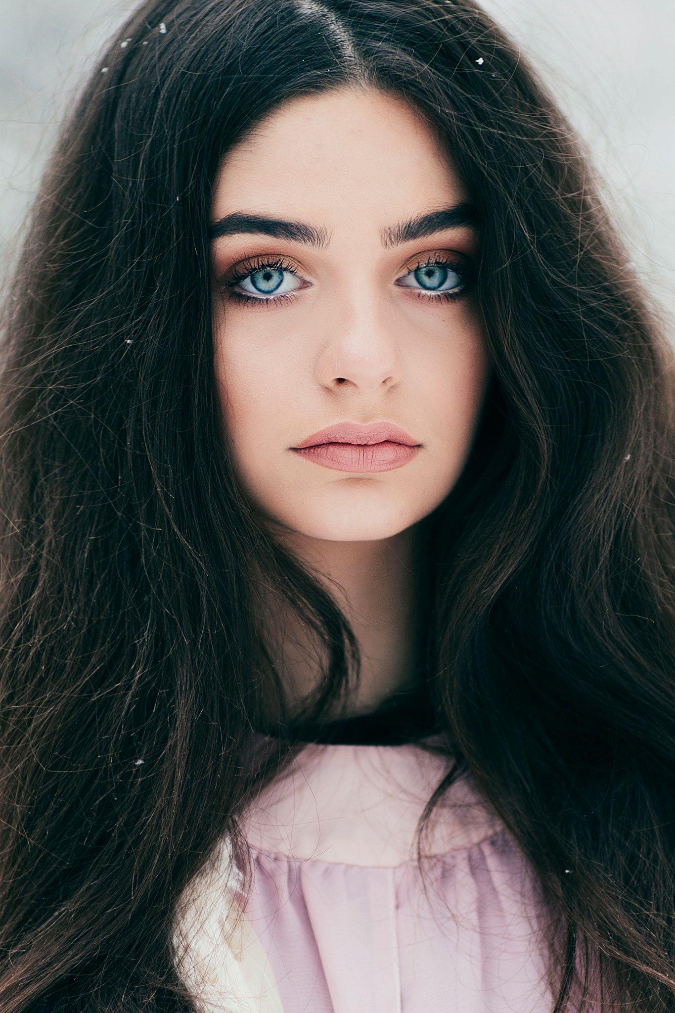 Ocean Blue Eyes Black Hair Blue Eyes Dark Hair Blue Eyes Black Hair Blue Eyes Girl