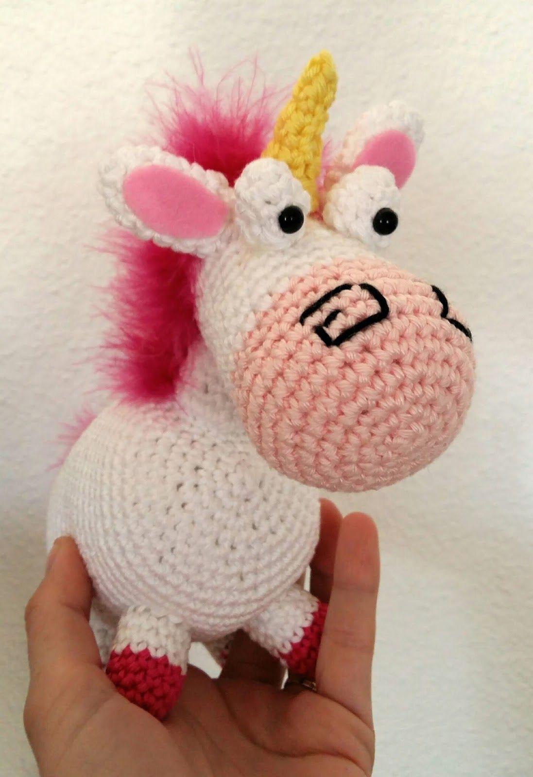 Fée du tricot: La licorne de la petite Agnès au crochet