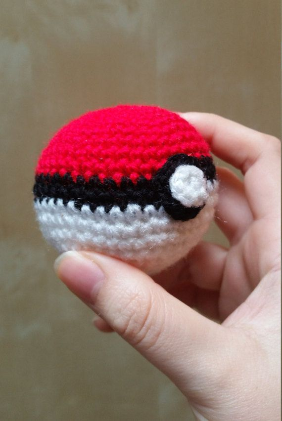 Crochet Pokeball: Amigurumi Pokemon plush ball! Catch it now! Soft ...