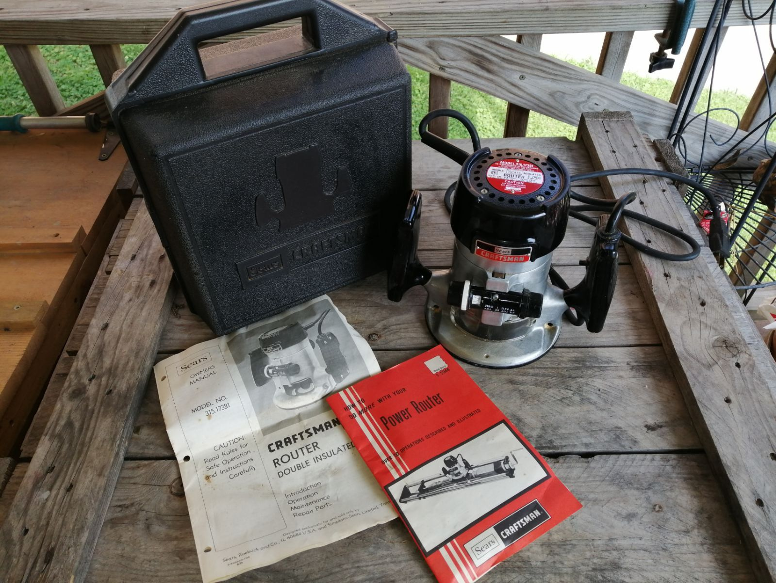 Craftsman Double Insulated Router 315 17381 This Was My Grandfather S Router So I Don T Know Much About It I Know It S In Goo Craftsman Tools Insulater Router