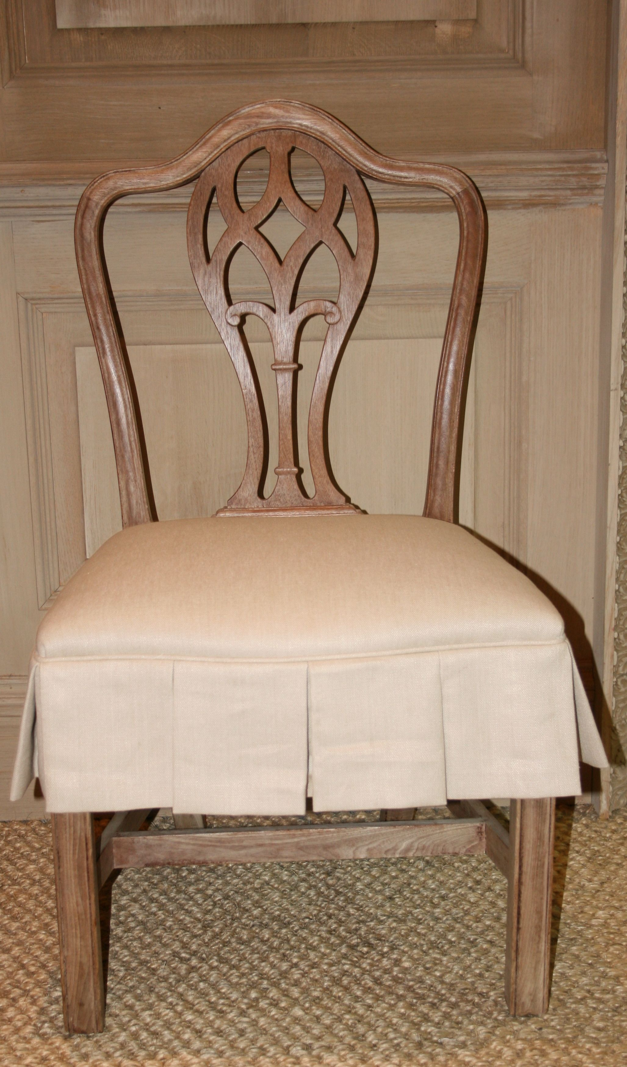 Dining chair with slipcovered seat Dining chair slipcovers