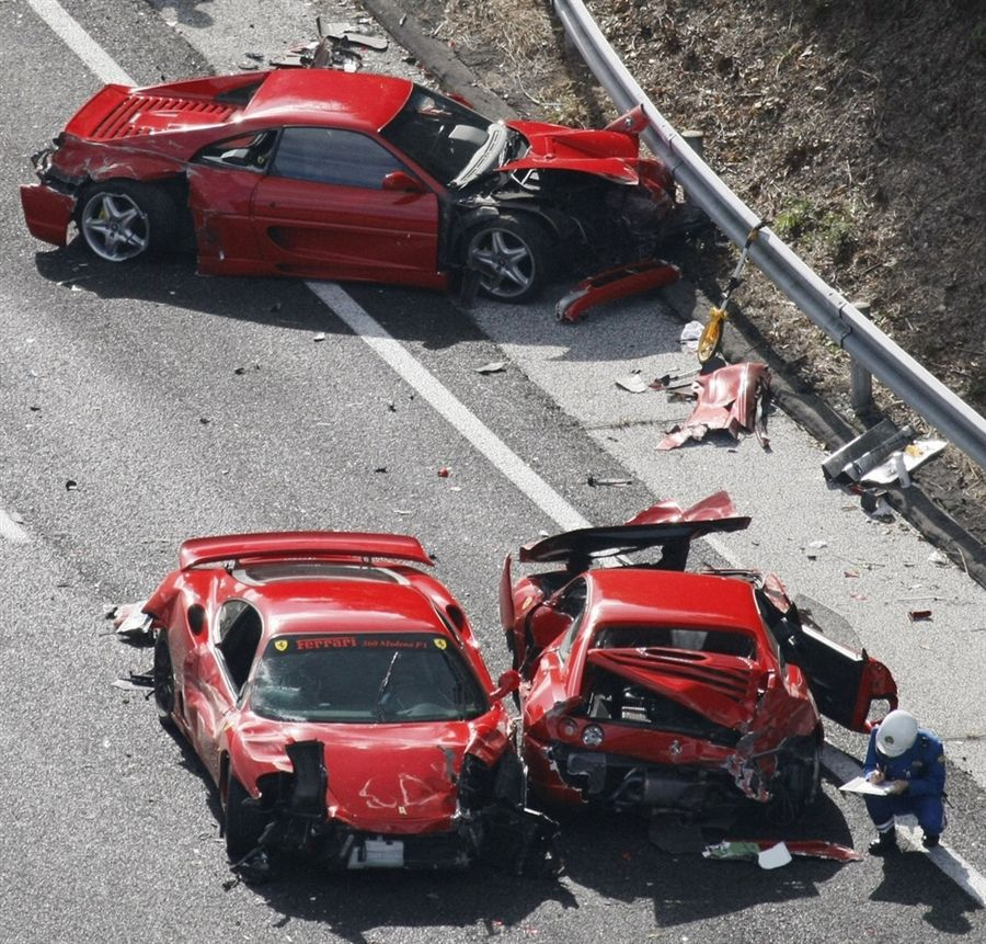 Gone In Less Than Seconds Luxury Sports Cars Wrecked In - Sports cars under 60