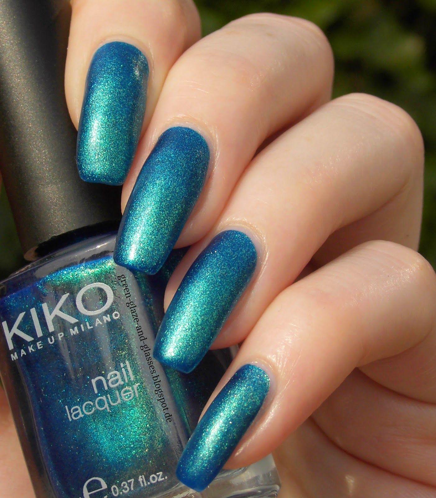 Green, Glaze & Glasses: Kiko 530 Pearly Blue Peacock + Manhattan Pro Mat