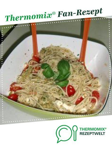 Photo of Spaghetti salad with tomato and feta